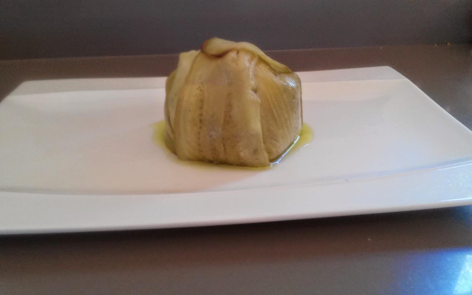Molde de berenjenas con huevo escalfado