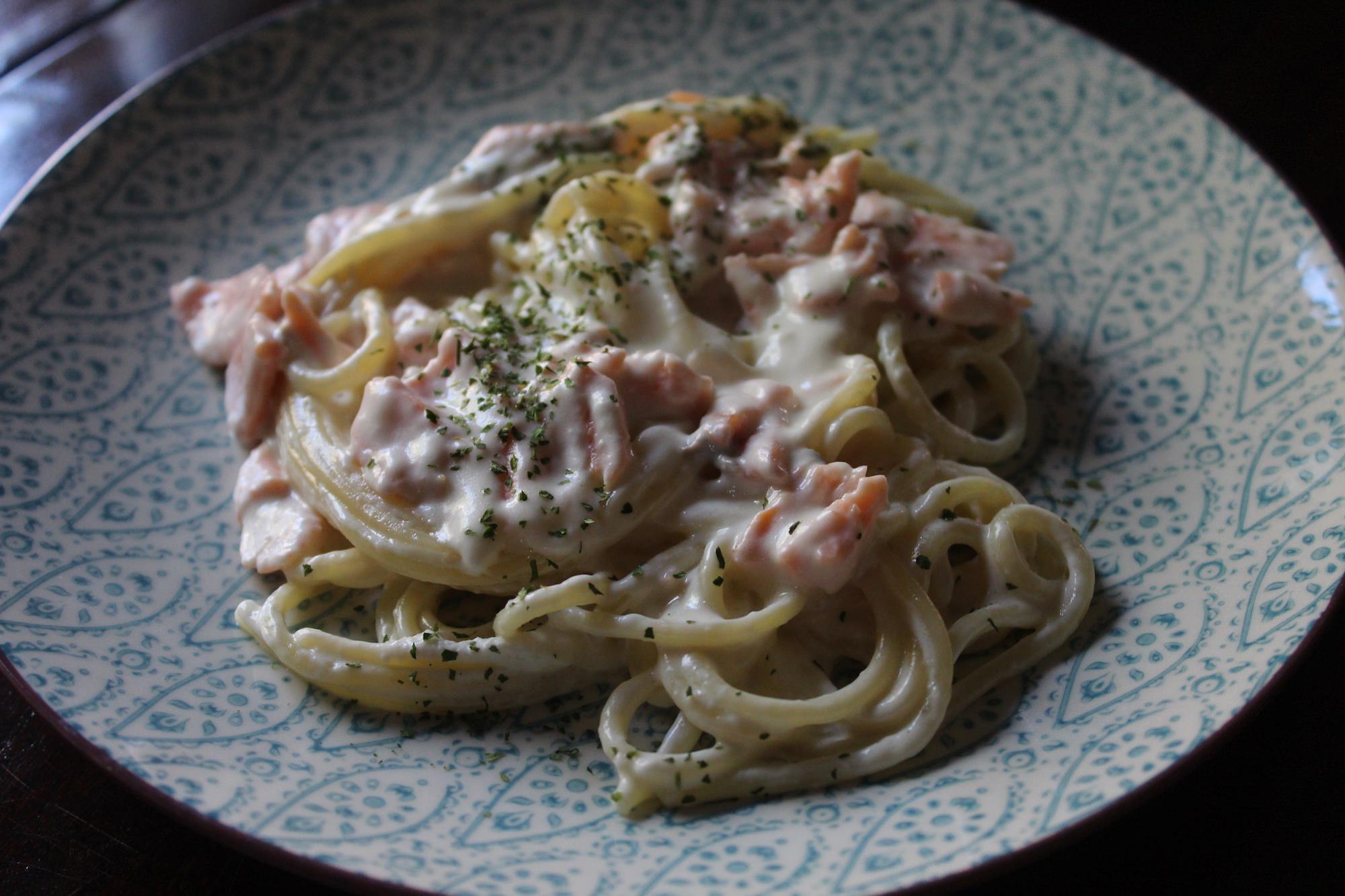 Espaguetis con nata y salm n cena con duende - Espagueti con gambas y nata ...