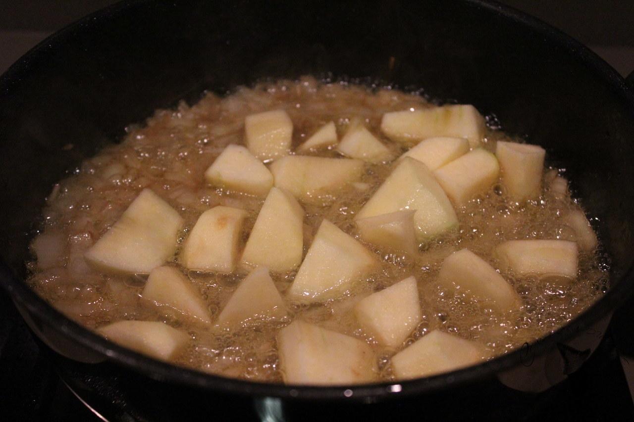Listado en salsa de sidra con almejas