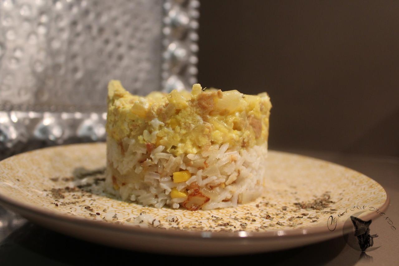 Mixto de revuelto y arroz, con atún