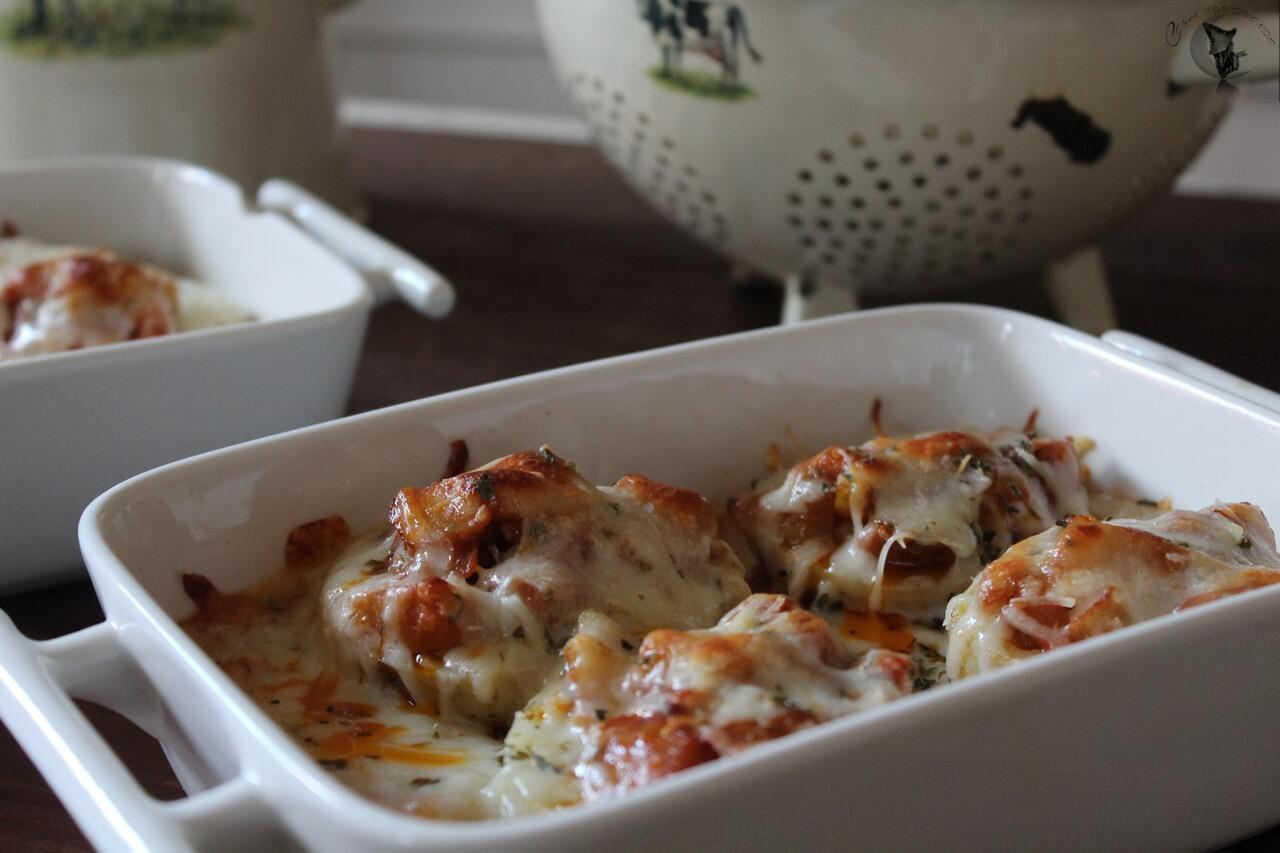 Patatas rellenas de berenjenas y calabacín.
